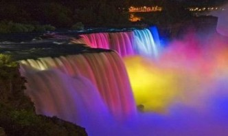Niagara Falls at night-2