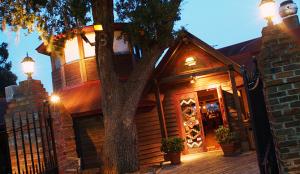 Bovines -Restaurant-Myrtle-Beach-group-tours