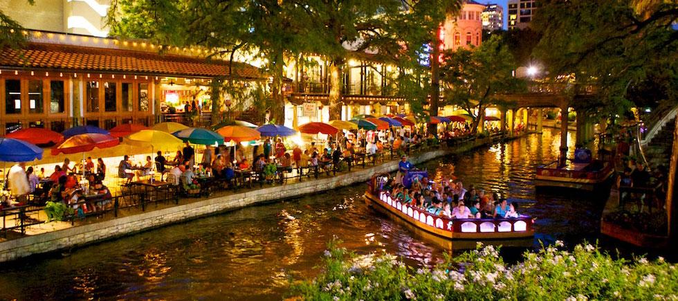 San Antonio Riverwalk Group Tours