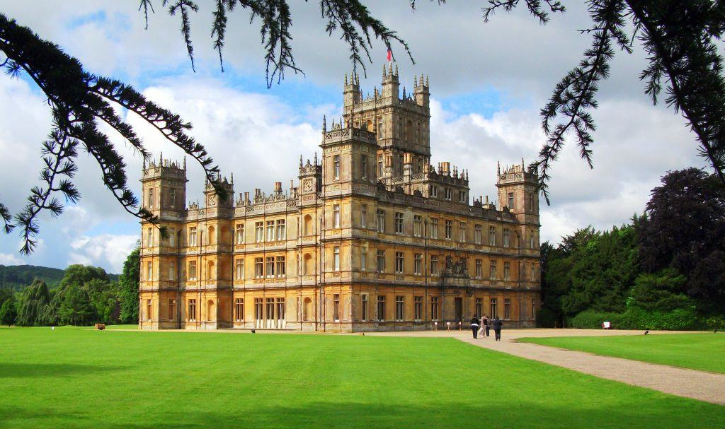 Downton abbey and english castles twin travel concepts for Downton abbey tour tickets