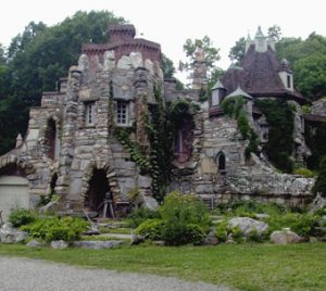 wing castle Haunted Across New York group tours